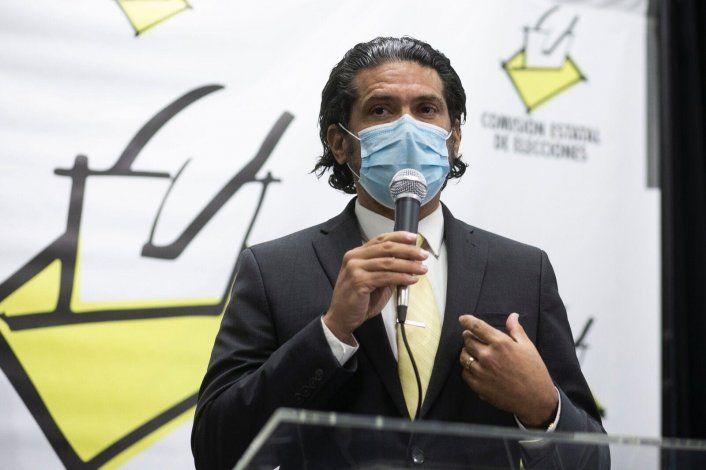 La CEE desconoce cómo llegó el sobre con los votos ausentes de Ricardo y Beatriz Rosselló