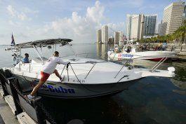 flotilla sale de miami hacia cuba en apoyo a las protestas