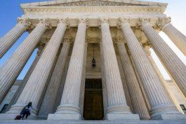 corte suprema federal deniega recurso legal sobre peleas de gallos