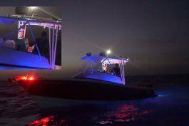 ¿infiltrados de la seguridad del estado? algo raro sucedio en la flotilla desde miami