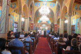 iglesia ortodoxa griega permite asistir a oficios de pascua