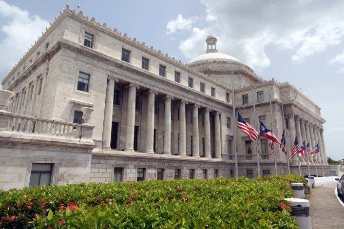 Ordenan la vacunación compulsoria a funcionarios, empleados y contratistas en el Capitolio