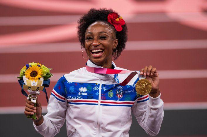 Jasmine Camacho-Quinn invertirá el bono de $50,000 de la medalla olímpica de oro en una casa