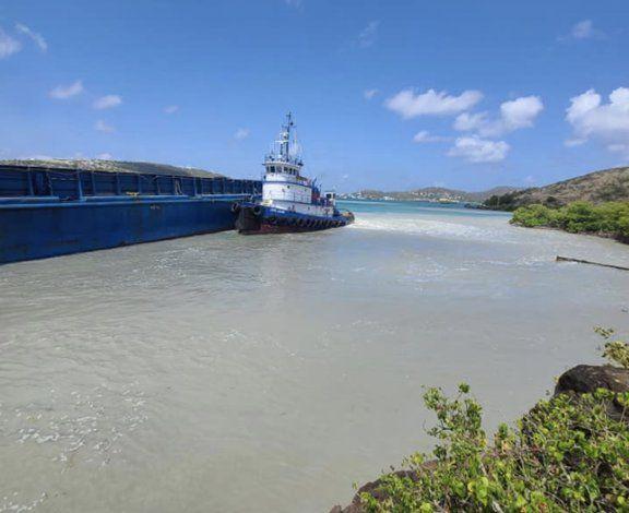 Se atrasa la llegada de carga a Vieques por problemas mecánicos con el remolcador de la barcaza que alquila la ATM
