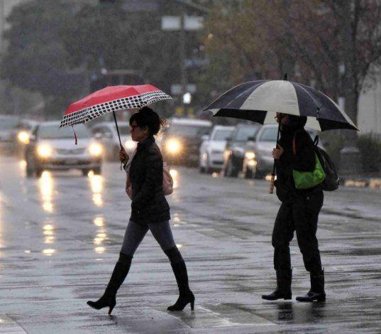 Una onda tropical generará lluvias numerosas y tormentas eléctricas