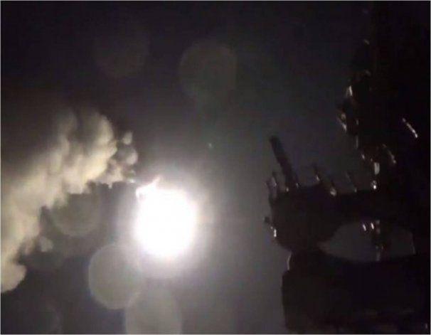 Video: El momento exacto en que Estados Unidos ataca a Siria