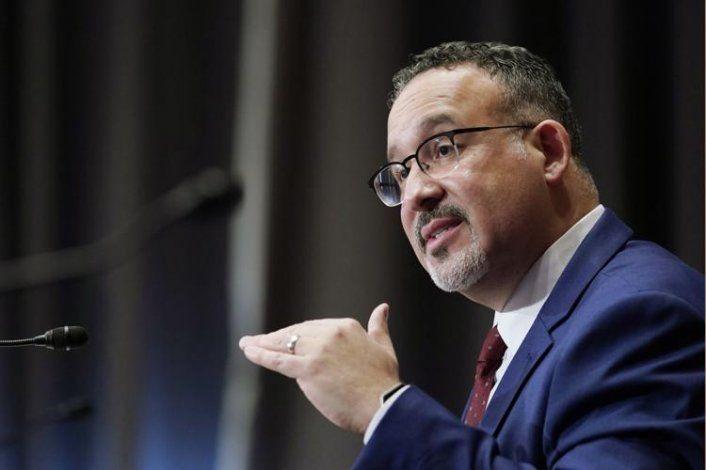 Educación federal desembolsa casi $4,000 millones en fondos para Puerto Rico