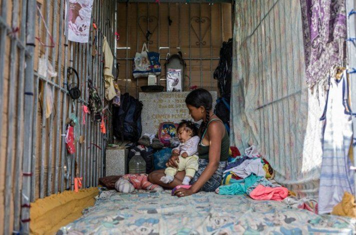 Venezuela padece severa crisis con disfraz de bienestar en redes