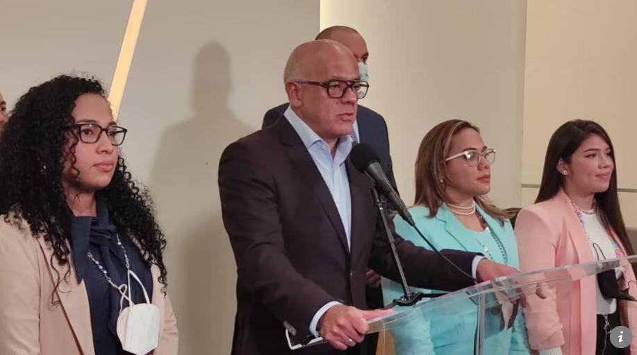 gobierno venezolano asegura que se mantiene en dialogo tras aclarar impasse con noruega
