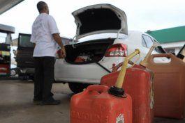 algunas gasolineras de miami quedaron sin abastecimiento tras declararse estado de emergencia en florida
