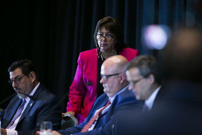 Choque por postura de la junta fiscal sobre el plan de ajuste de la deuda
