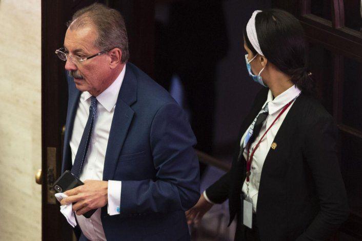 Zaragoza radica proyecto para aumentarle el salario mínimo a los empleados públicos