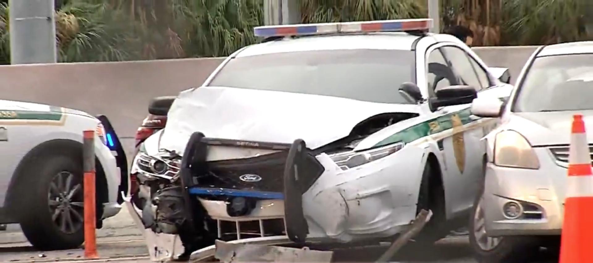 policia de miami-dade involucrado en accidente de 4 vehiculos en el autopista palmetto