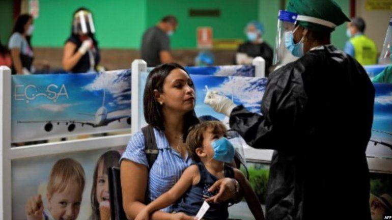 Un niño ruso entre turistas contagiados de COVID-19; rebrotes en La Habana y Santiago ligados a la llegada de viajeros