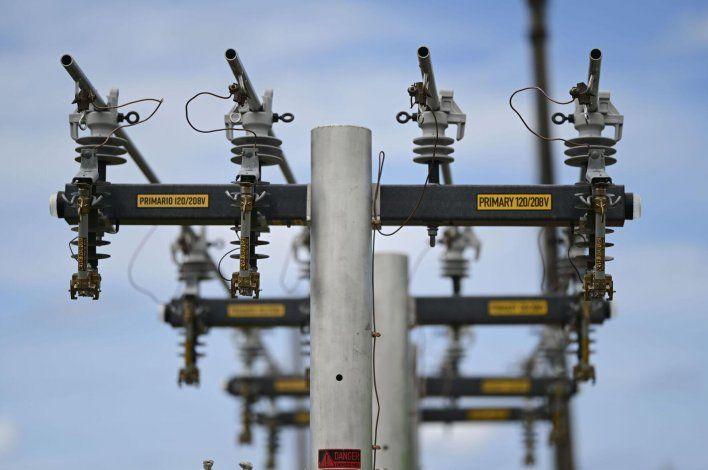 Aguadilla decreta estado de emergencia por falta de energía eléctrica en varias comunidades