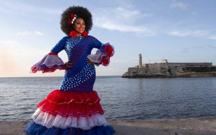 Aymée Nuviola dice que sus viajes a Cuba no son sinónimo de apoyo al régimen