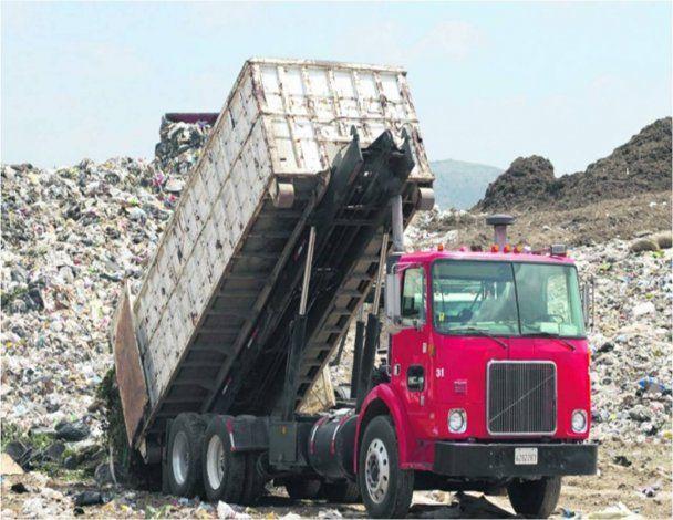 En Cabo Rojo y Arecibo cobro por recogido de basura será una realidad
