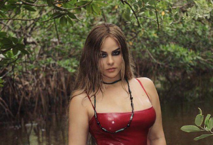La modelo y cantante cubana Haniset Rodríguez dio positivo al Coronavirus