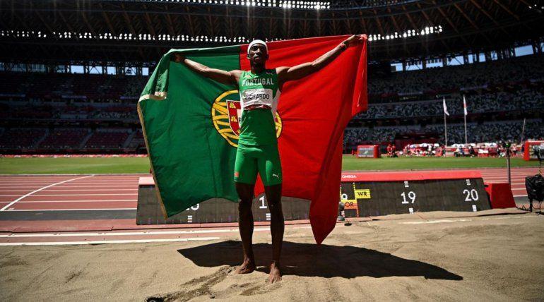 El cubano Pedro Pablo Pichardo es campeón olímpico en salto triple con Portugal