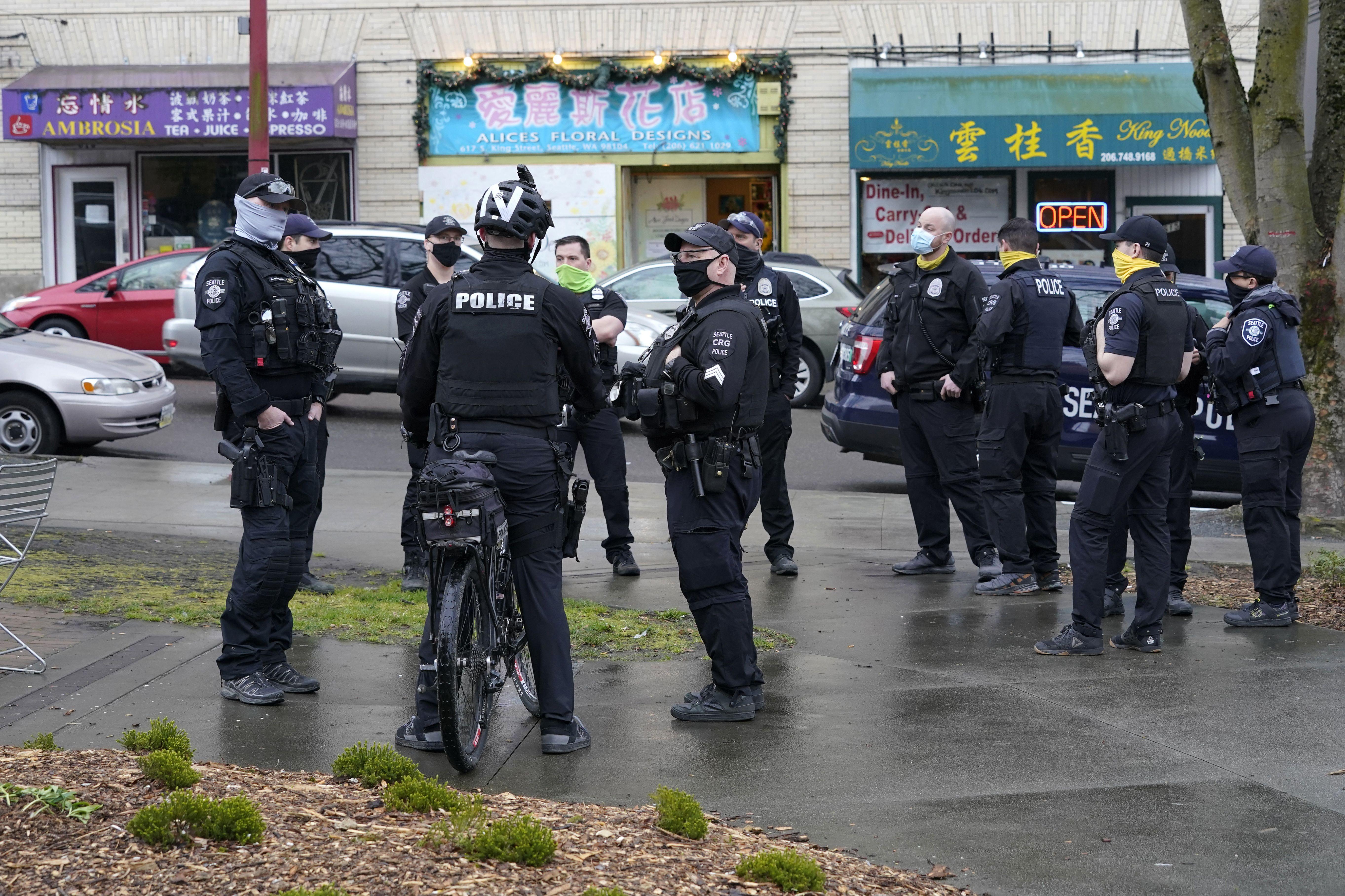 muchos policias en eeuu se resisten a vacunarse contra covid