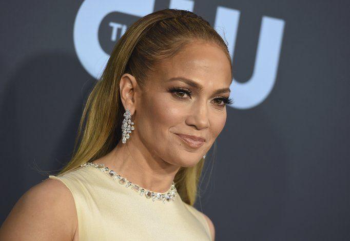 Jennifer López se refugia en Marc Anthony tras su separación