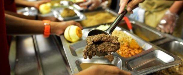 Denuncian crisis en servicios de comedores escolares