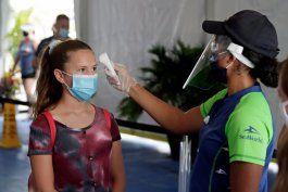 ¿como demostrar que estas vacunado y no usar mascaras?