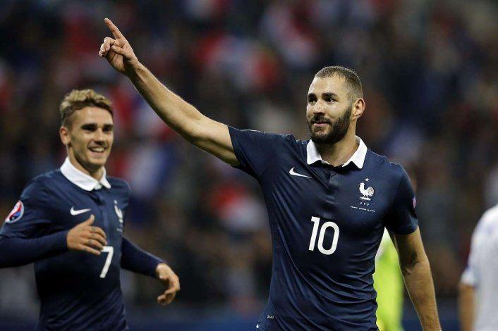 Benzema será titular con la selección de Francia luego de cinco años de ausencia