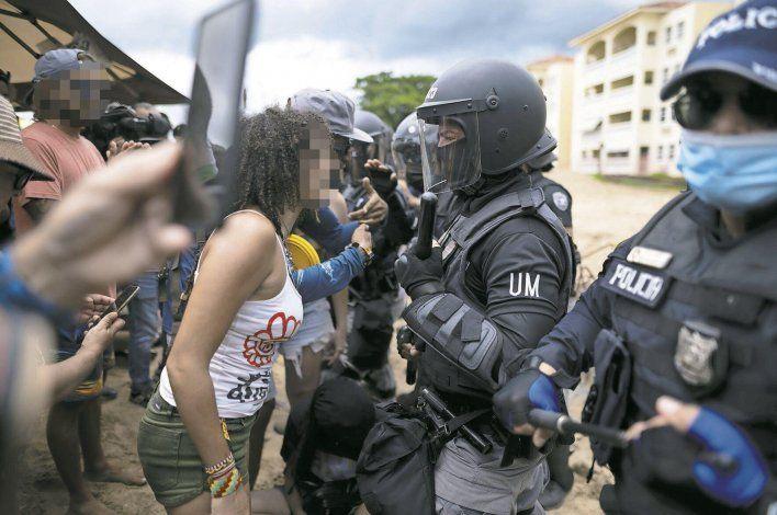 Revelan el pago en horas extra a los 534 agentes de la Policía que prestaron vigilancia al condominio Sol y Playa