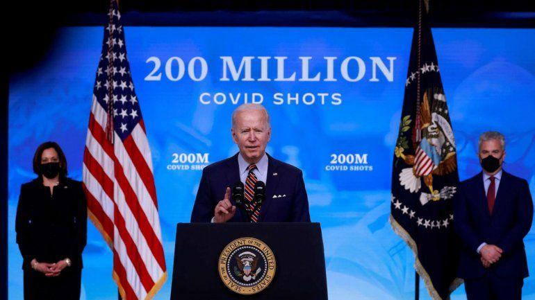 Biden insta al gobernador de Nueva York Andrew Cuomo a renunciar por acusaciones de acoso sexual