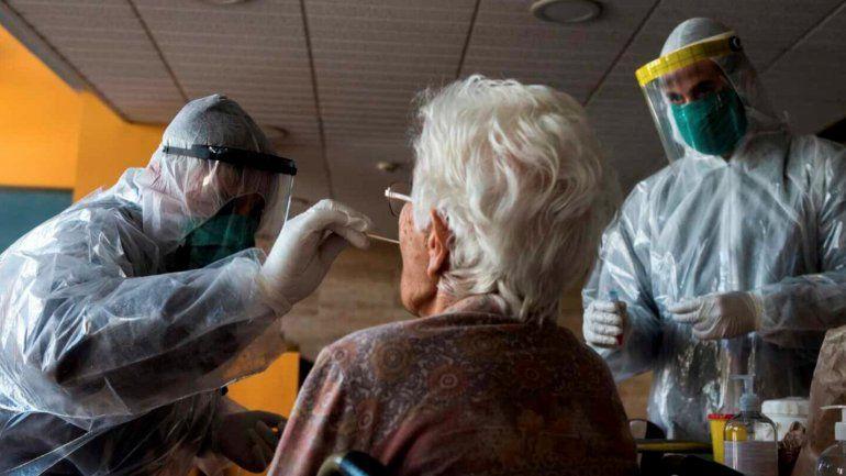 Alcaldes de la Florida se reúnen para evaluar medidas por el incremento del Coronavirus