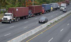 Camioneros inician paro ante el rechazo de la Junta de Control Fiscal al ajuste tarifario
