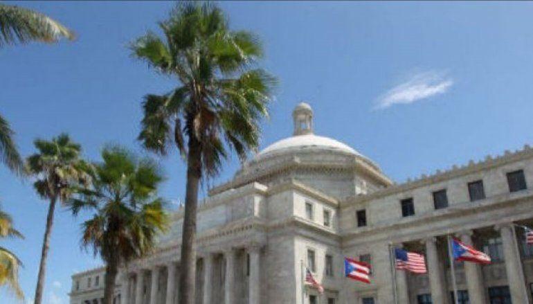 Senadores plantean aprobación de plan fiscal evita sindicatura