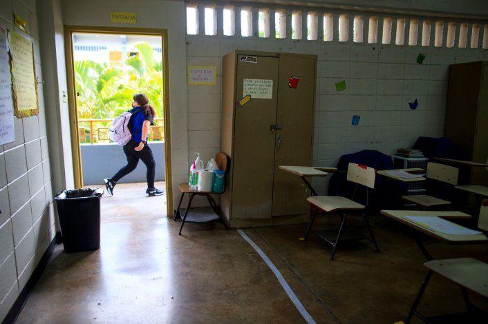 Aumentan los contagios de COVID-19 en las escuelas