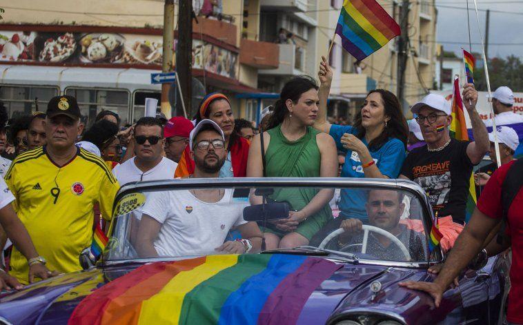 El régimen cubano busca aprobar el matrimonio igualitario en menos de dos años