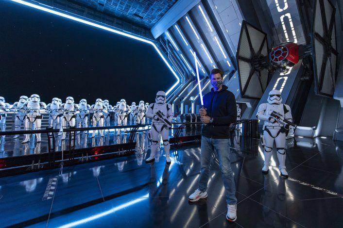 Brady regresa finalmente a Disney World luego del Super Bowl