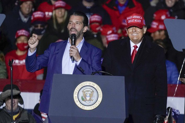 Donald Trump abrió una oficina en Palm Beach para su activismo