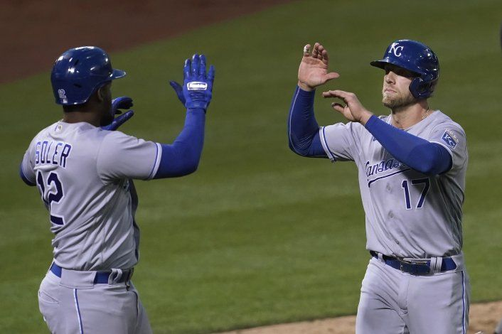 Soler, Benintendi hit homers for Minor as Royals snap skid